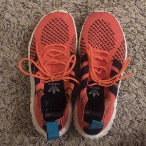 Adidas F22 Primeknit Sneaker Size 9 men's